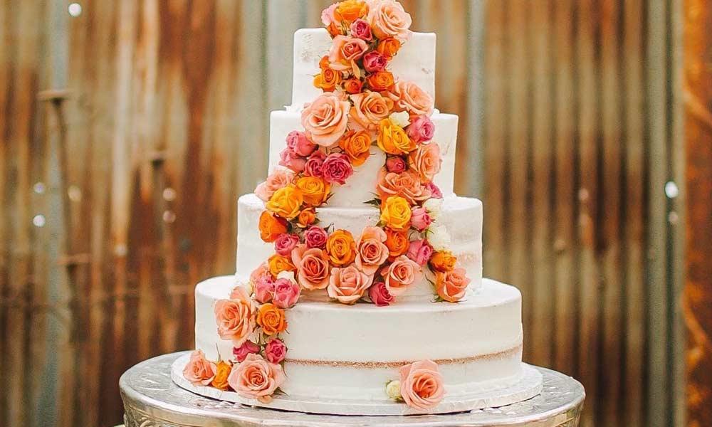 Bolo fake de casamento: como fazer passo a passo e ideias criativas