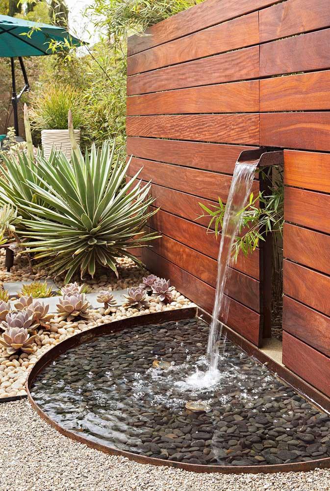 Tem coisa mais relaxante que ouvir o barulho de água corrente?