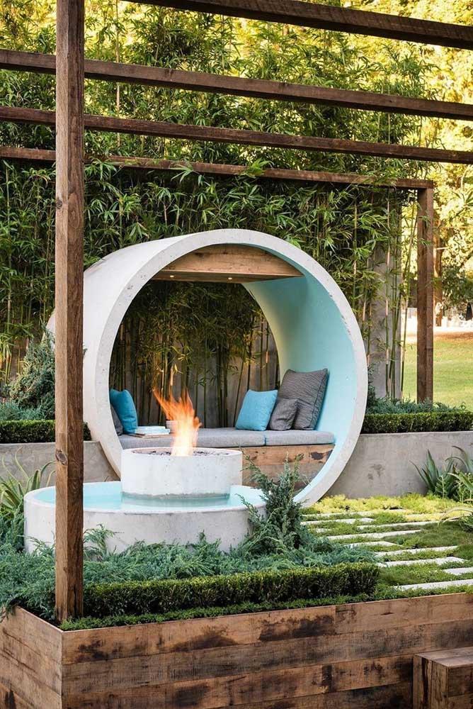 Os quatro elementos da natureza reunidos nesse belo exemplar de jardim zen