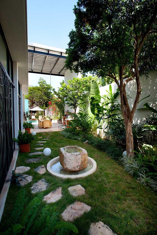 Aproveite a versatilidade do jardim zen para valorizar os espaços da sua casa, até mesmo aqueles que passam despercebidos, como corredores e fundos