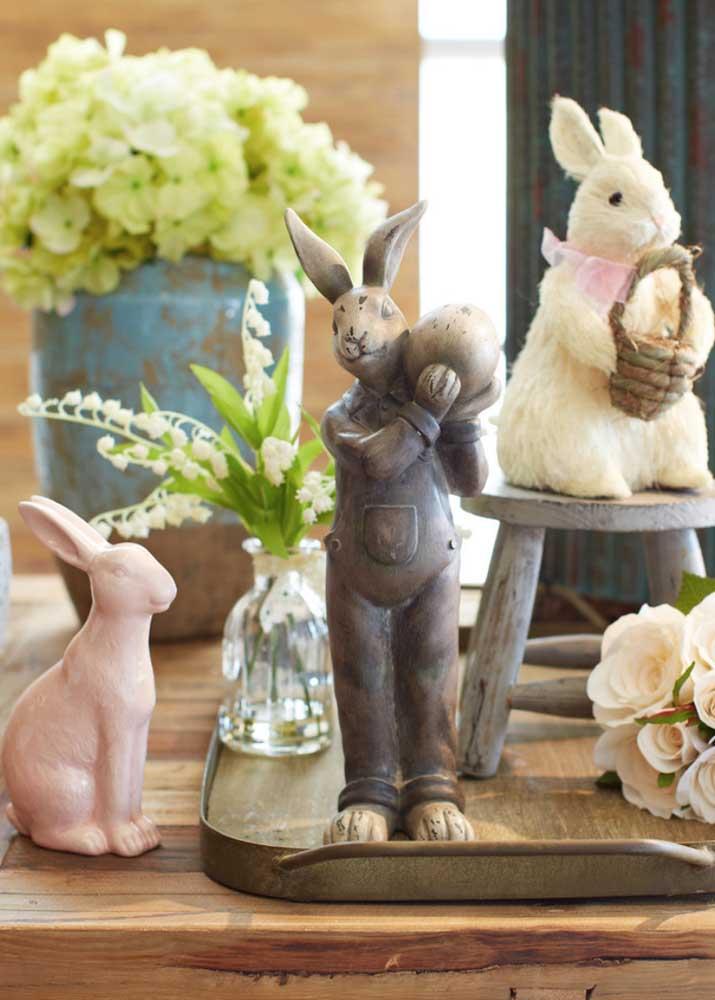 Na Páscoa, os coelhos são sempre bem vindos, sejam eles de cerâmica, pelúcia ou madeira