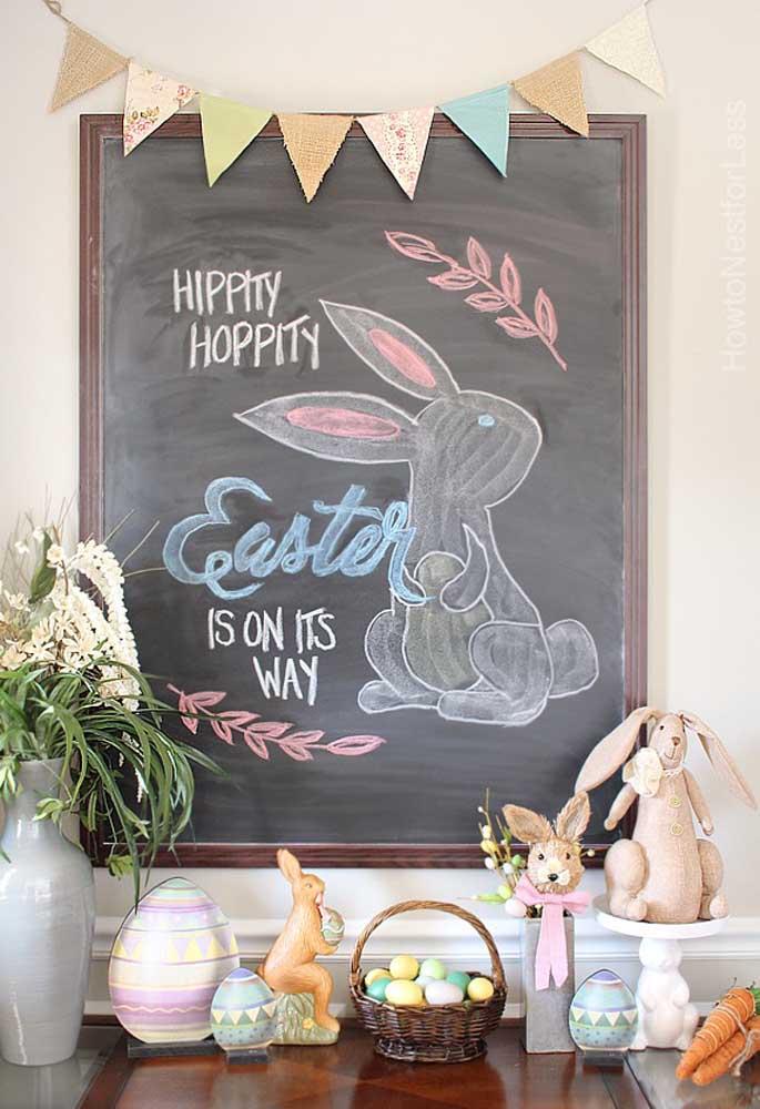 E no quadro lousa, os coelhos desenhados à mão completam a decoração