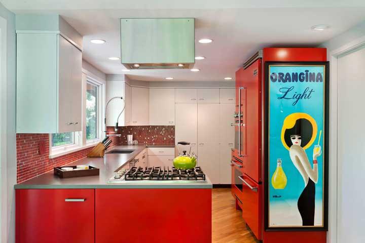 Eletrodoméstico vermelho: dicas para escolher e 60 fotos em ambientes