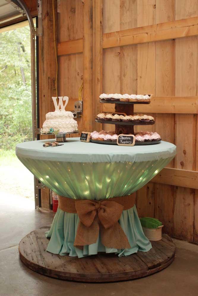 Em festas e eventos, a mesa de carretel se destaca