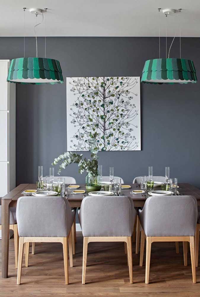 Como fazer uma decoração sóbria com tons de verde? Colocando o cinza na base