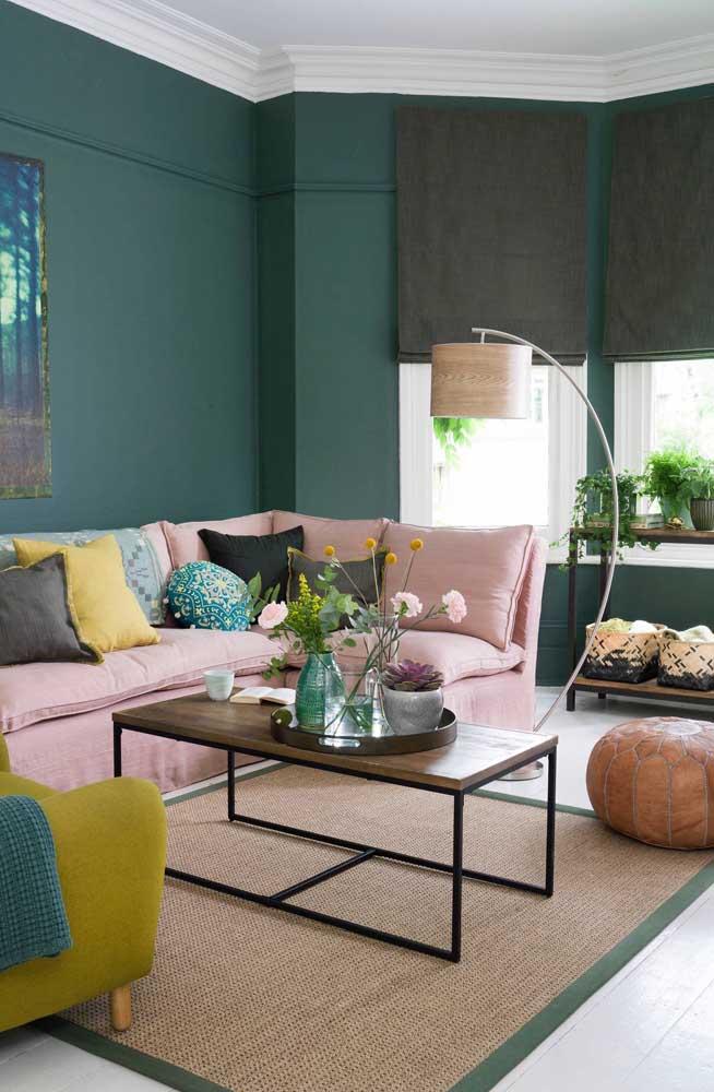 Verde esmeralda na parede: a cor da sofisticação e elegância