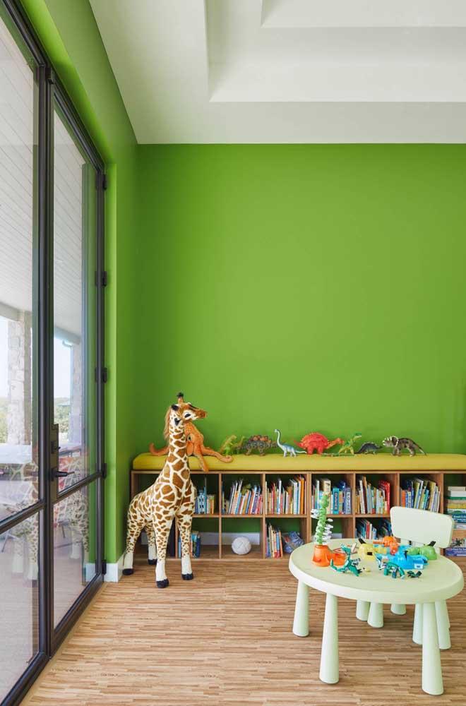 Já para o quarto infantil, o tom de verde cítrico é uma ótima opção
