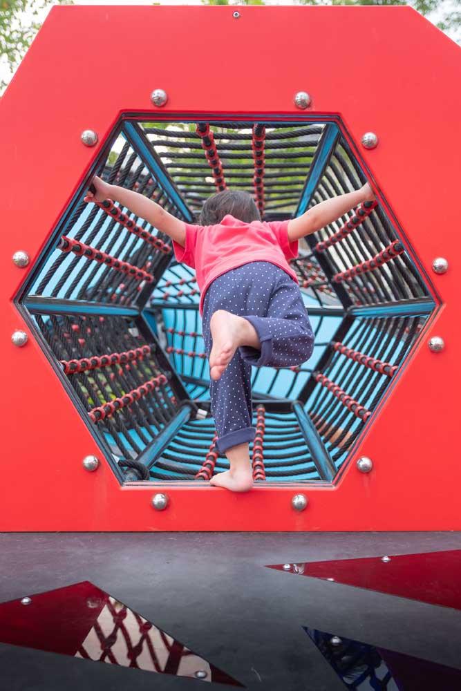 Playground inspirado no Homem Aranha
