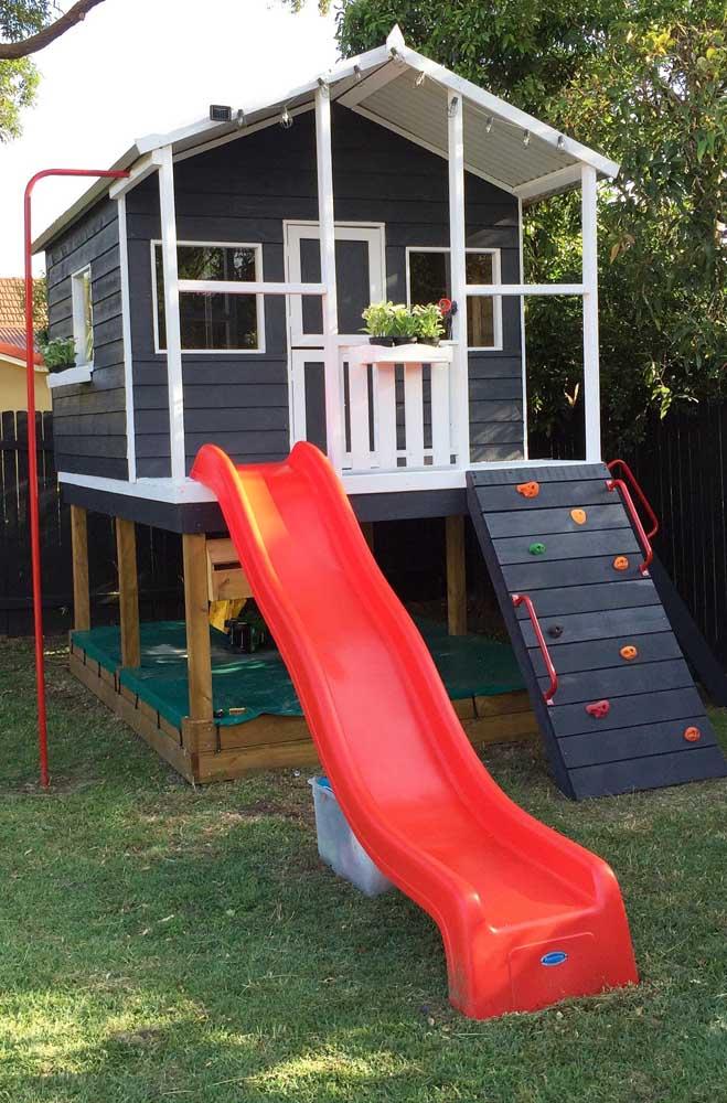 O sonho de qualquer criança! Uma casinha de brincar – em tamanho real