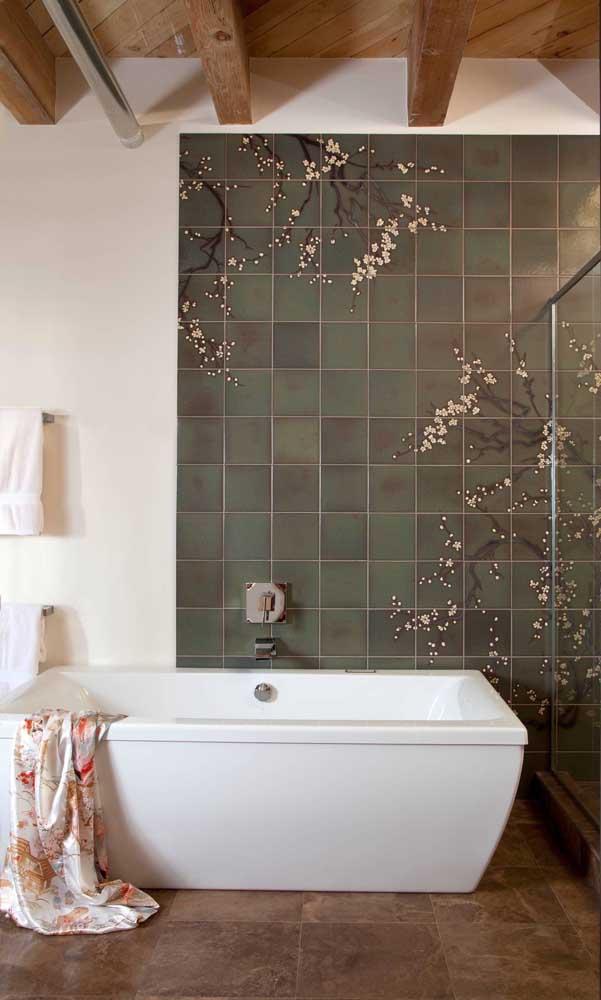 Azulejos verdes com flores de cerejeira brancas; linda composição!