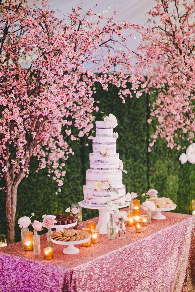 Se uma já é linda, imagina duas árvores de cerejeira?