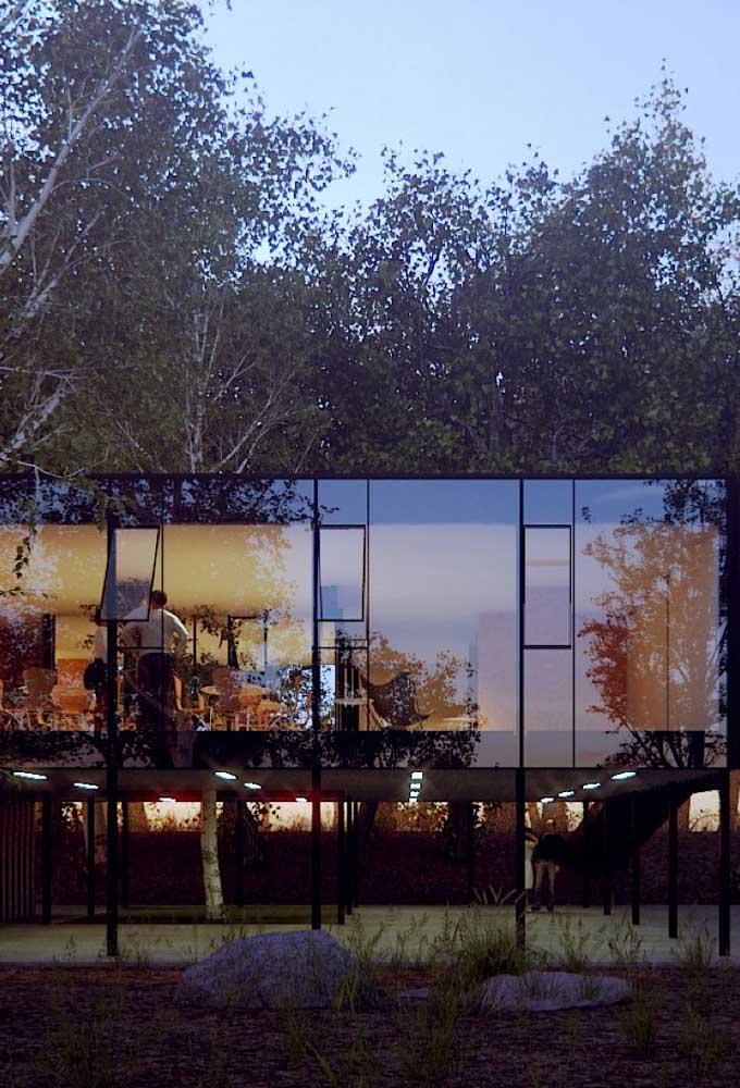 Construção com estrutura em Steel Frame e fachada de vidro