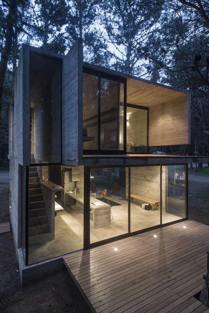 Casa com estilo industrial e acabamento moderno em estrutura de Steel Frame