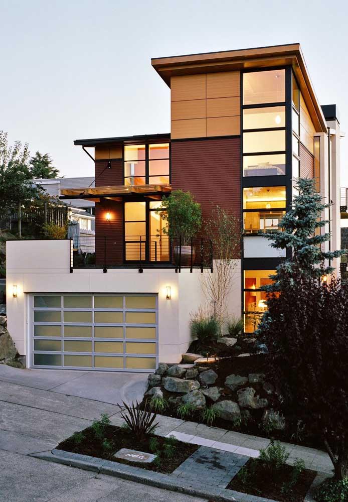 Estilo de casa contemporânea em Steel Frame com garagem interna e varanda coberta