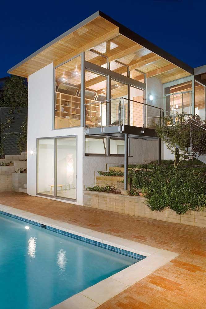 Opção de casa em Steel Frame com área para piscina e escada em aço galvanizado