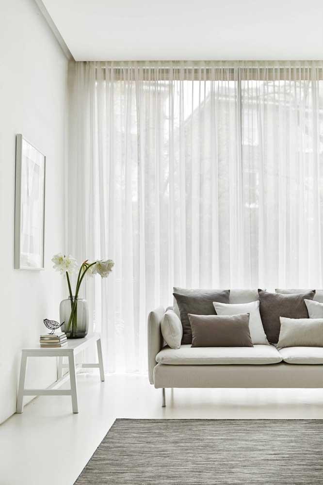 Facilidade de limpeza e manutenção é com ela mesma, a cortina de voil