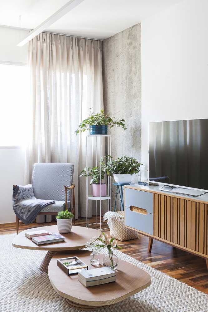 Cortina de voil bege para a sala de estar moderna
