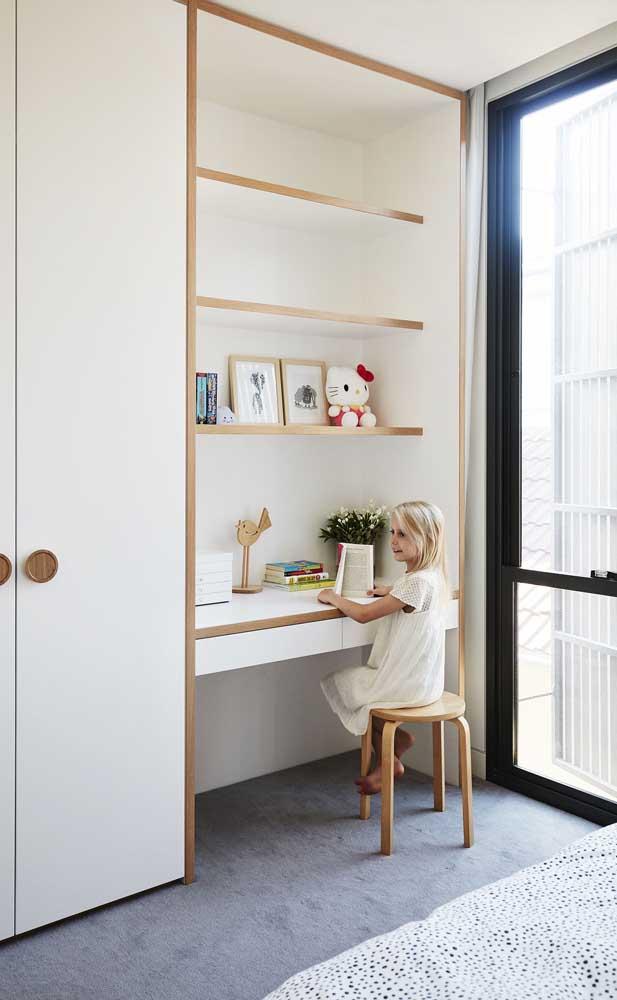 Branco e madeira no quarto infantil: luz, suavidade e aconchego
