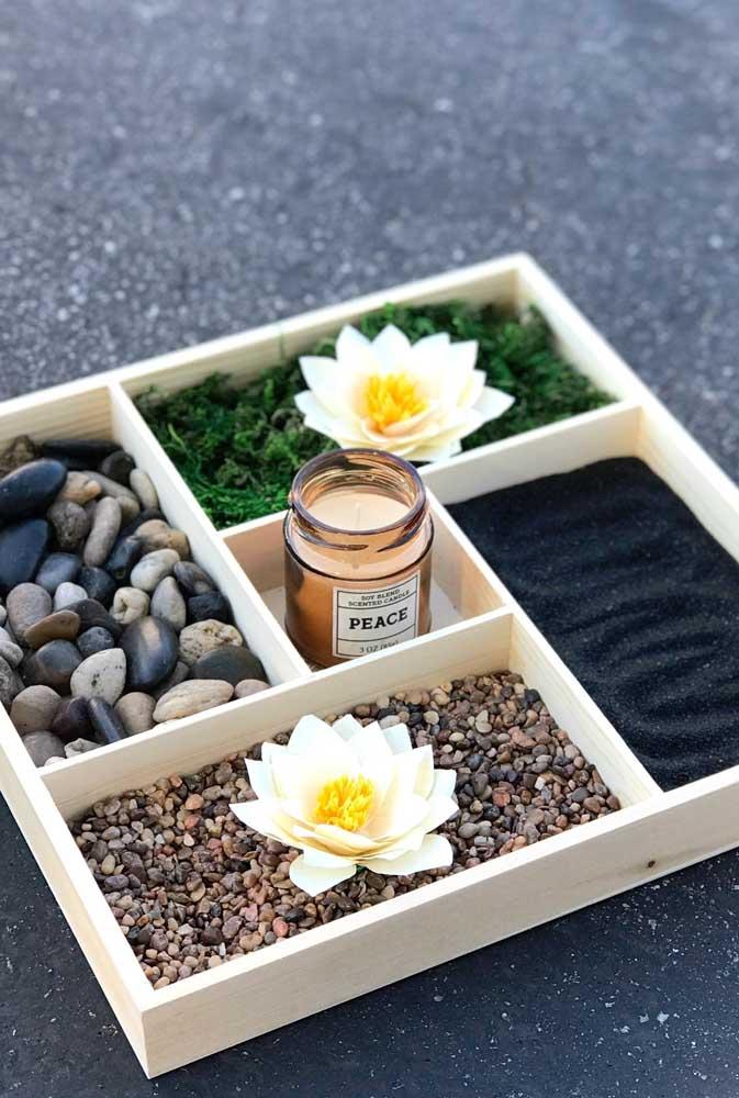 Um jardim zen miniatura com a Flor de Lótus