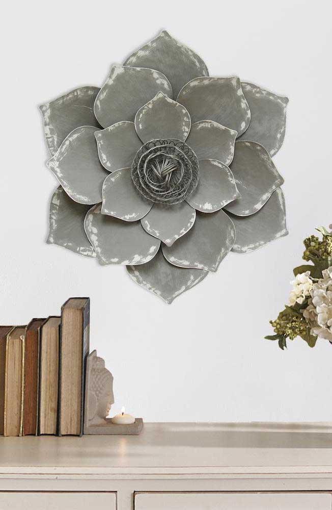 Escultura de parede com a Flor de Lótus