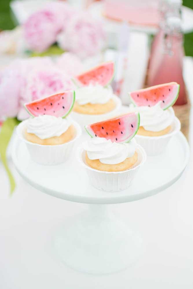 Opção delicada de doce para festa de aniversário da Magali