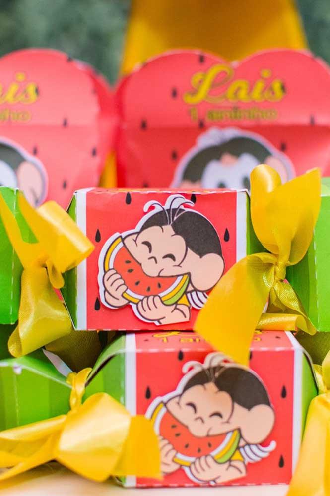 Inspiração de caixinha para doces da Magali; ótima opção de lembrancinha