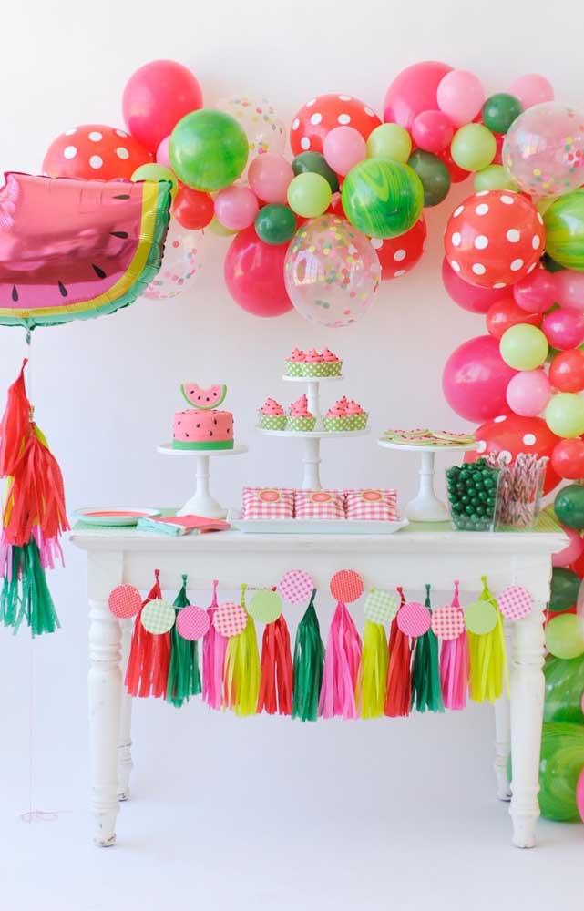 Uma decoração linda e muito simples para festa de aniversário da Magali