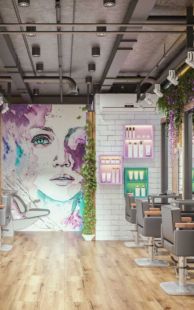 O painel conferiu um ar artístico para o salão de beleza moderno