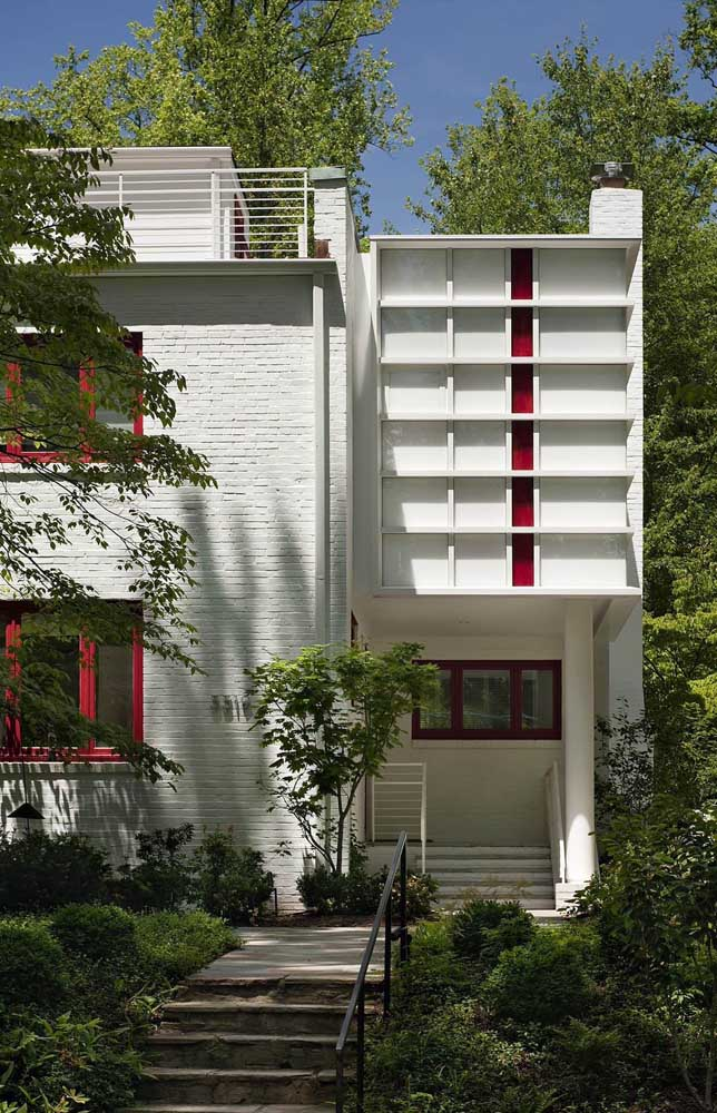 Um design diferente e criativo para essa casa de alvenaria