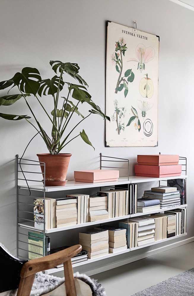 Faça uma estante que esteja ao seu alcance.