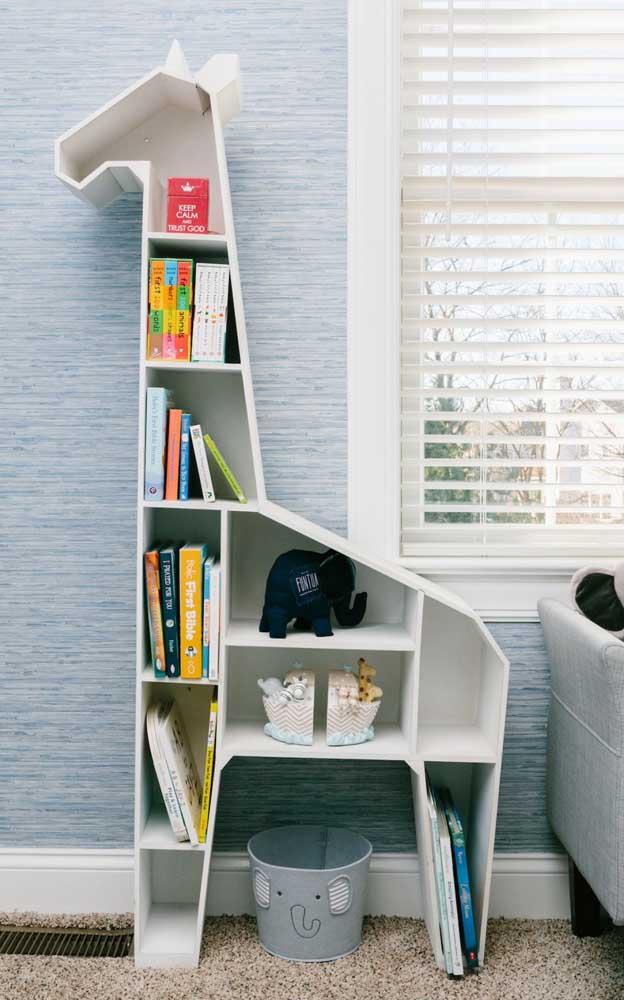 Mais uma opção de estante de livros infantil para colocar no quarto das crianças.