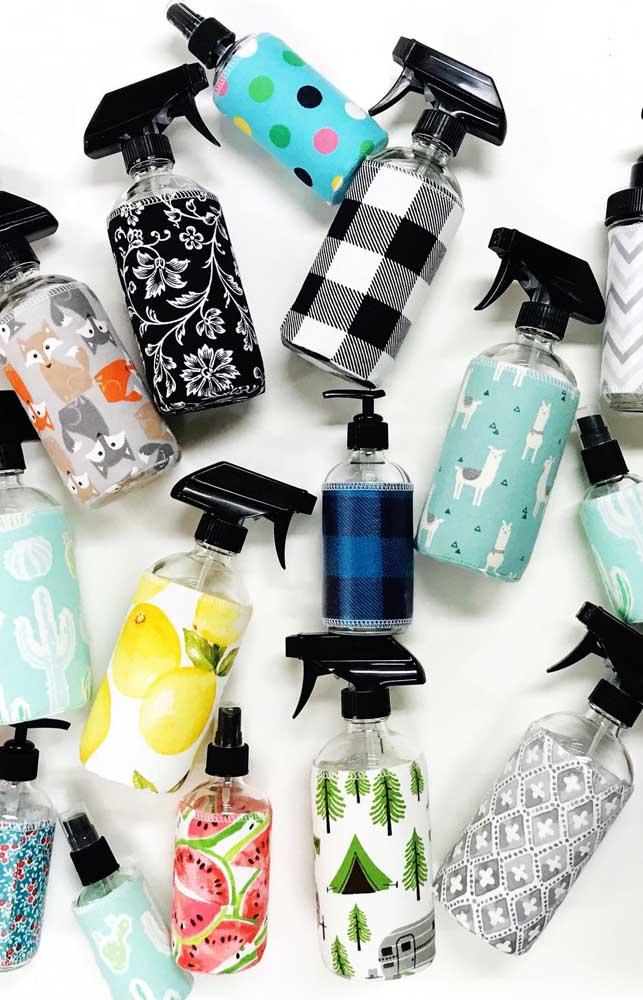Sprays de vidro decorados com tecidos variados