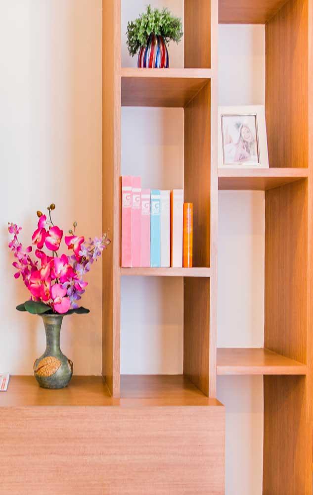 Qualquer cantinho da casa se valoriza com um vaso de orquídea Vanda