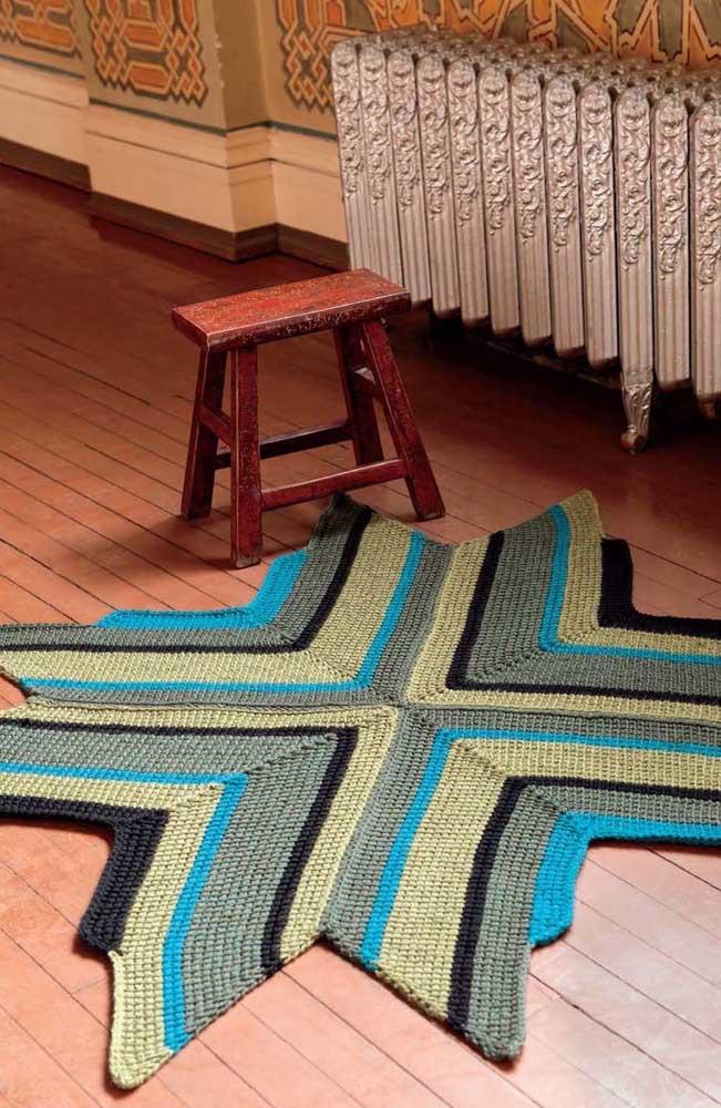 Tapete com design descontraídos e cores autênticas feito em crochê Tunisiano
