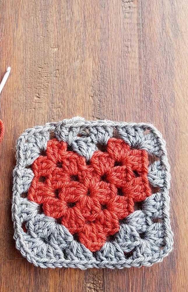 Peça simples, perfeita para quem está começando a técnica do crochê Tunisiano