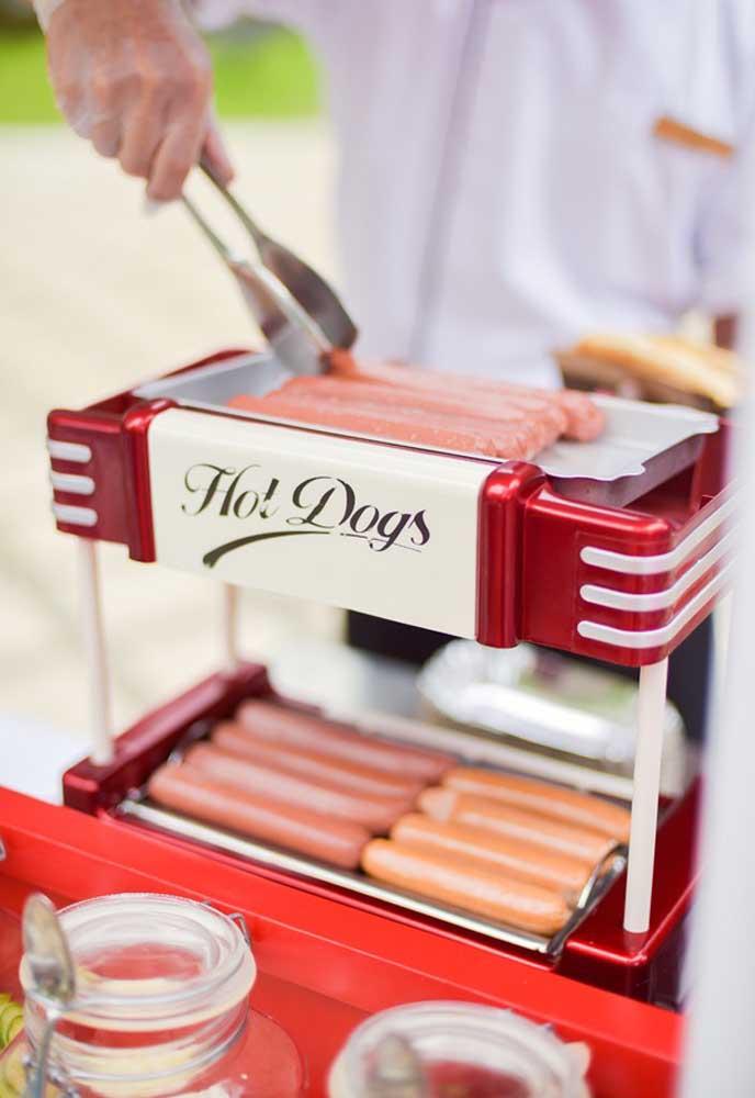 Quer fazer uma comidinha rápida, prática e deliciosa? Aposte no hot dog.