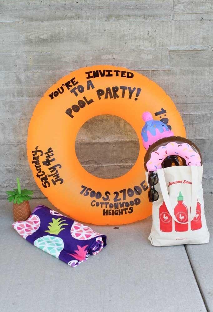 Deixe seus convidados curtirem a festa na piscina com segurança. Portanto, não deixe faltar nenhum item para eles