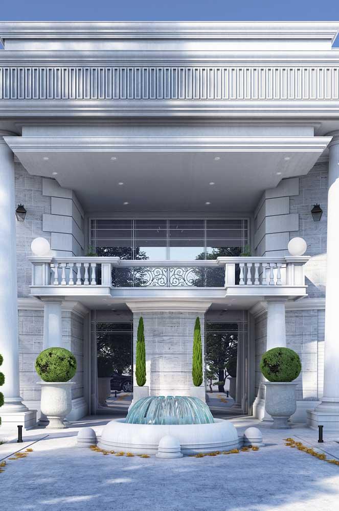 Arquitetura clássica para a mansão de luxo