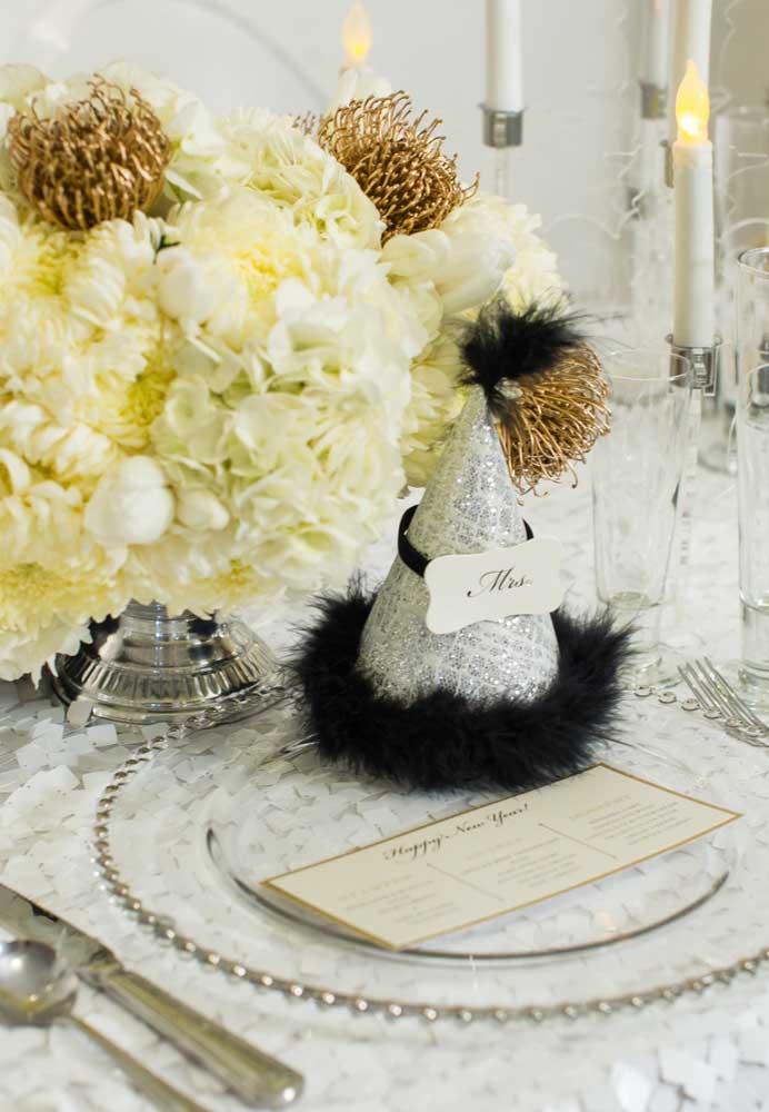 Deixe um item divertido na mesa da ceia para cada convidado.