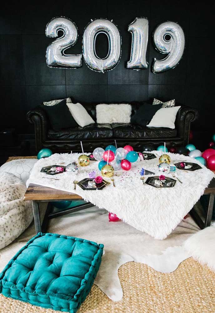 Uma ceia de ano novo simples e barata para não deixar de comemorar esse momento.
