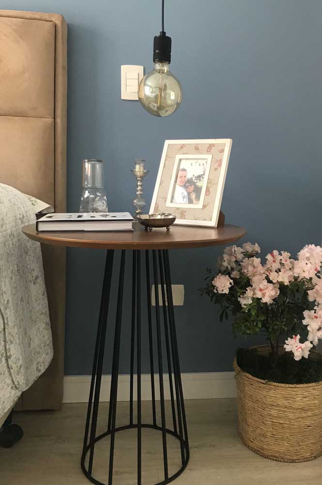 Azaleia em floração para decorar o quarto do casal