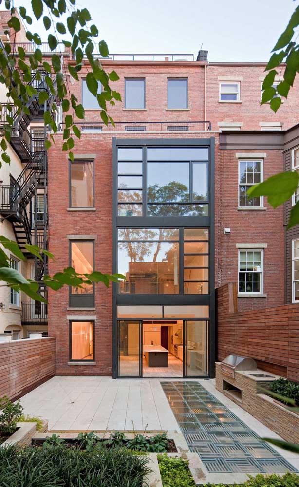 Típica construção londrina feita com tijolos ecológicos
