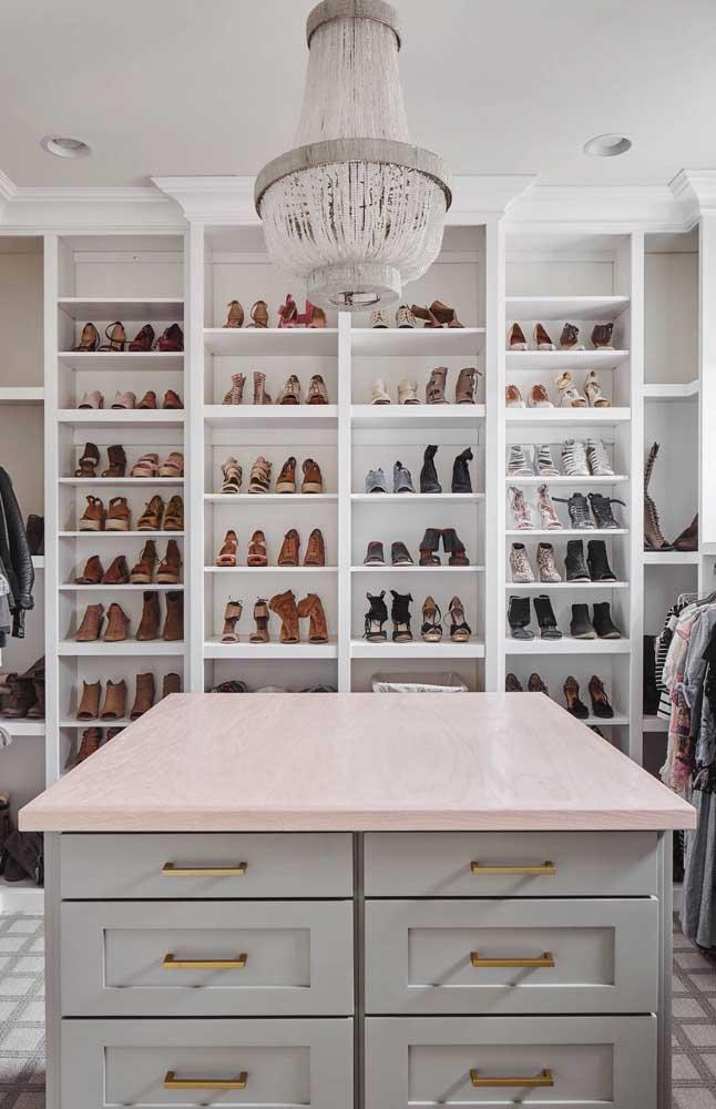 Modelo de closet de gesso para sapatos: organização impecável e facilidade no dia a dia