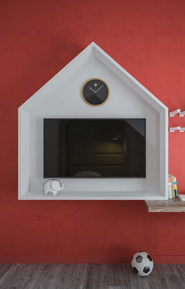 O nicho de madeira em formato de casinha é uma opção lúdica e divertida para o quarto das crianças