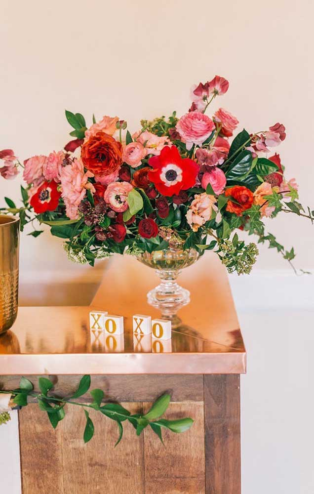 Se a sua ideia é fazer uma surpresa em casa para o namorado, vale decorar desde o hall de entrada, até o quarto