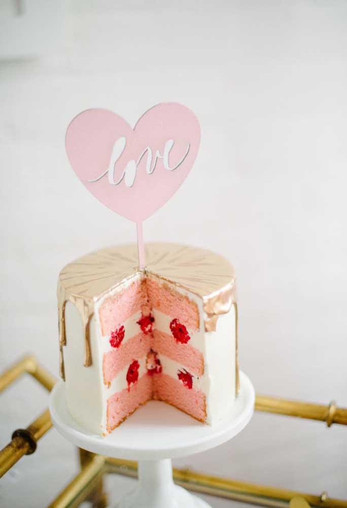 Quem disse que não pode ter bolo no dia dos namorados?