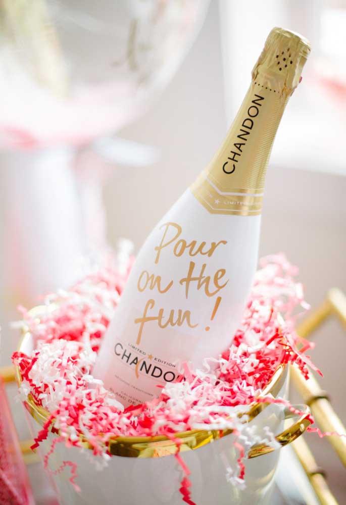 Champanhe chandon para brindar esse momento especial.