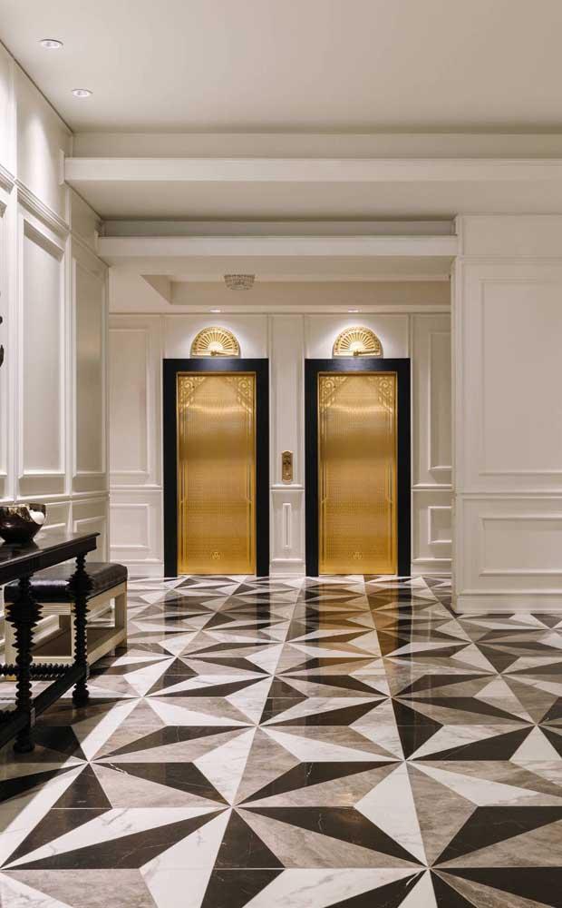 Ambientes clássicos e elegantes também ficam lindos com piso 3D, basta escolher o desenho que mais combina com o ambiente
