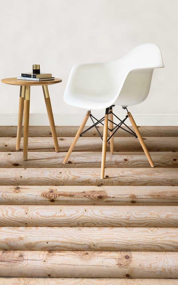 Piso de toras de madeira: linda composição visual, só que de mentirinha!