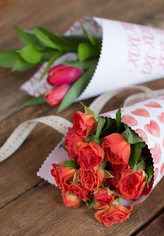 Buquê de flores são sempre bem-vindos em qualquer ocasião, especialmente no dia dos namorados.
